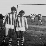 Entrenamientos antes de un partido de fútbol entre Soutochao y Berrande.
