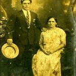 Abuela Toña. y su hijo Manolo. ¡foto cedida por Edesio!.